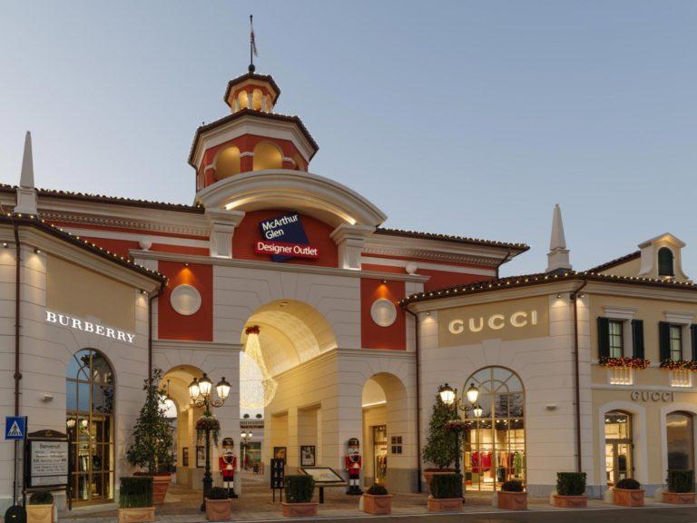 Shopping, Autonoleggio con conducente